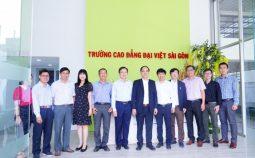 Cục trưởng Cục Khoa học công nghệ và Đào tạo, Bộ Y tế làm việc với Trường Cao đẳng Đại Việt Sài Gòn