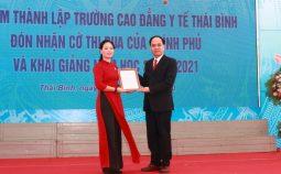 Cục Khoa học công nghệ và Đào tạo chúc mừng trường Cao đẳng Y tế Thái Bình 60 Năm ngày thành lập